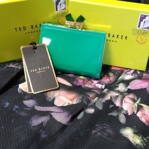 NWT Ted Baker Patent Crystal Popper Green